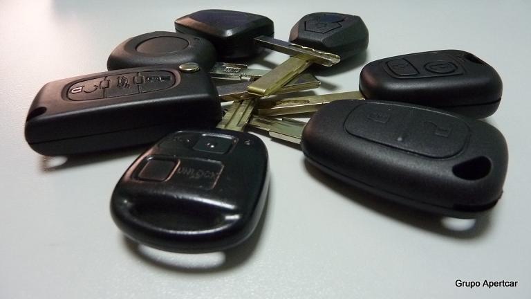 Llaves codificadas cocheApertcar , en rubi,Barcelona